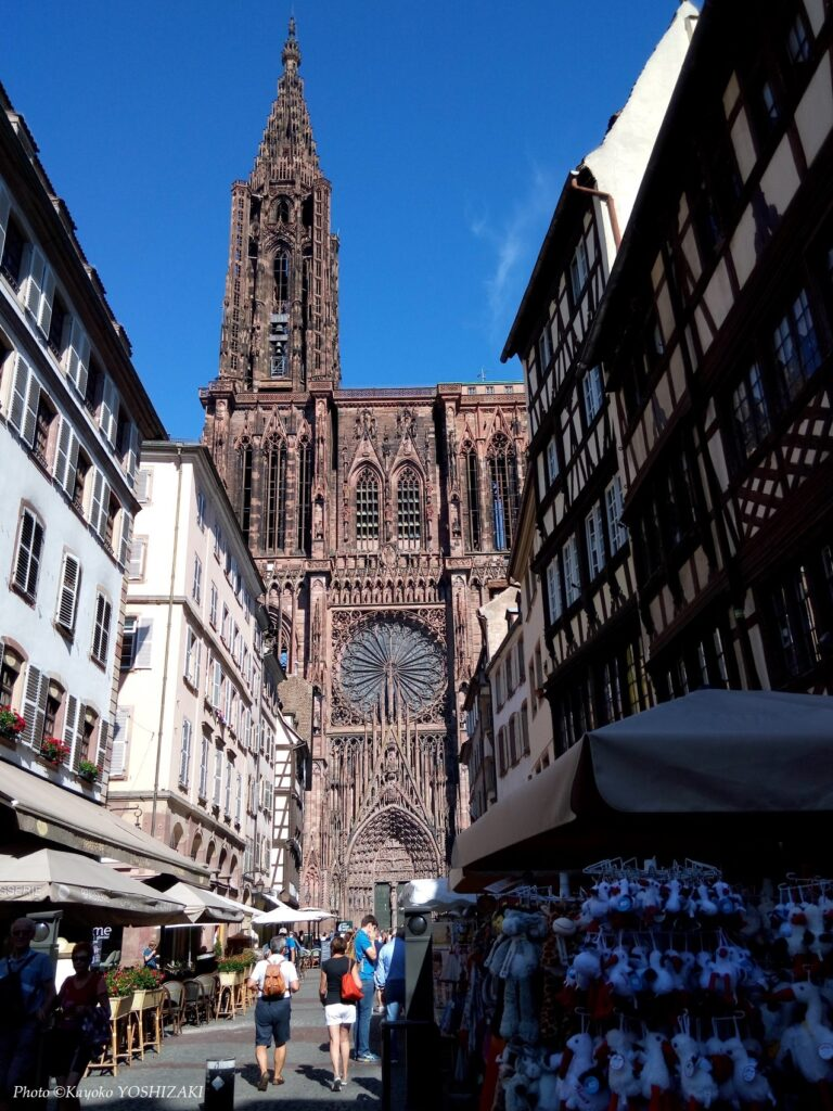 strasbourg-cathedrale-rue-merciere