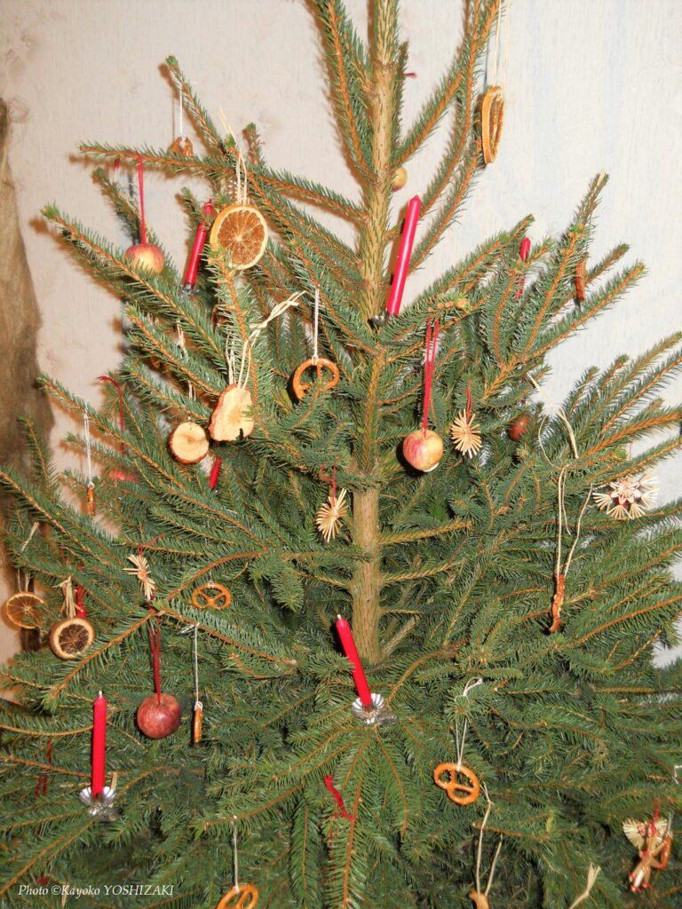 Sapin décoré avec des bretzels